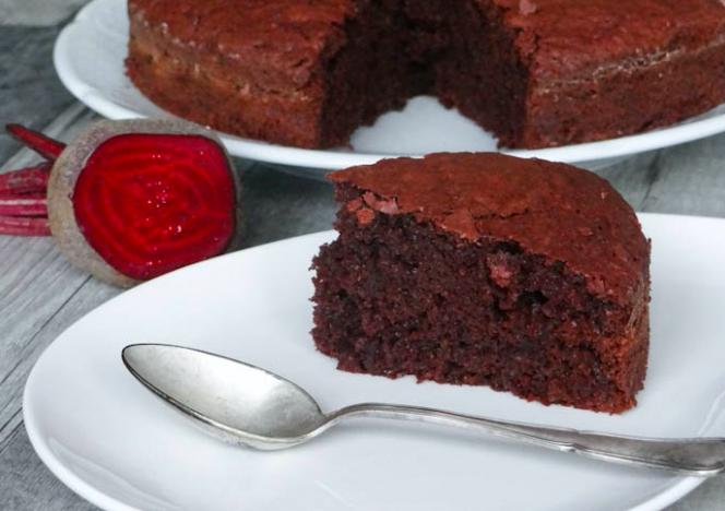 Recette Gâteau au chocolat…. avec de la betterave et sans beurre